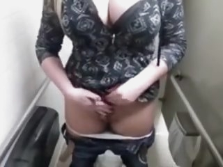Teens big tits WC solo