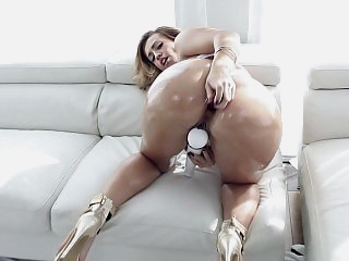 Curvy blonde fucked in the ass