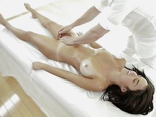 Masseur takes command of her..