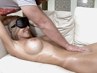 Fuck & Massage simultaneously