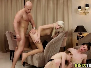 Babes nailed by bi dudes