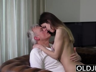 Old and Young Porn -..