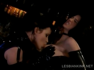 Lesbos in latex making out..