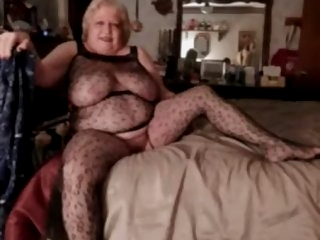 Fabulous amateur Grannies,..